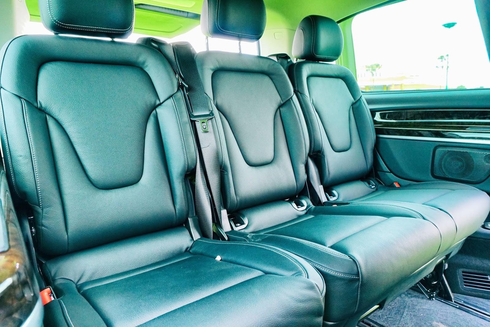Hàng ghế thứ ba rộng như hàng ghế thứ hai của một chiếc SUV