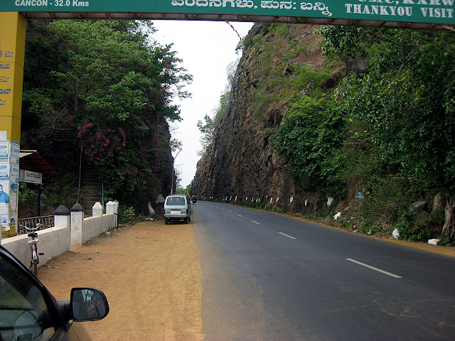 road through mountain on nh17, near karnataka-goa border