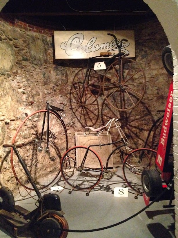 Antique bikes Larz Anderson