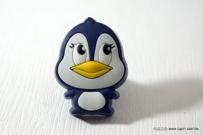 裝潢五金 品名:KT047-企鵝 型式:單孔 規格:寬28*高24m/m 材質:塑膠 顏色:藍色 玖品五金