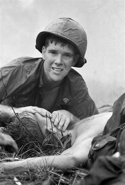 Phuoc Vinh Vietnam 1966 http://vintageeveryday.wordpress.com/2011/02/28/35-years-after-the-fall-the-vietnam-war-in-picture/