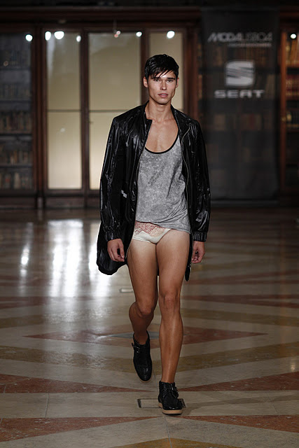 "Ricardo Andrez at Lisbon Fashion Week ""Lisboa Moda"""