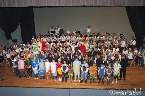 """Concierto en Familia"""" Mini Banda y Banda Juvenil junto a los Colegios Cervantes y Ferer y Recaj"""