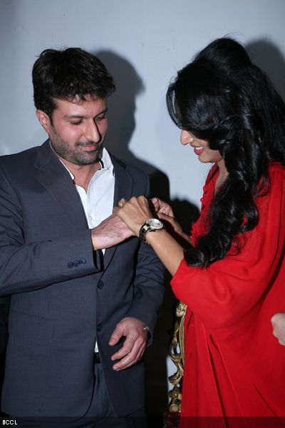 Resshmi Ghosh slips engagement ring in the hands Siddharth Vasudev.