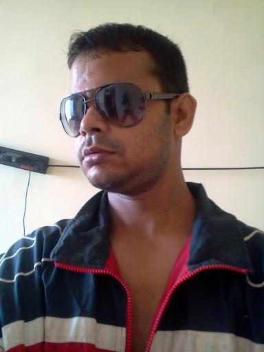 Vikram Sheth Photo 5