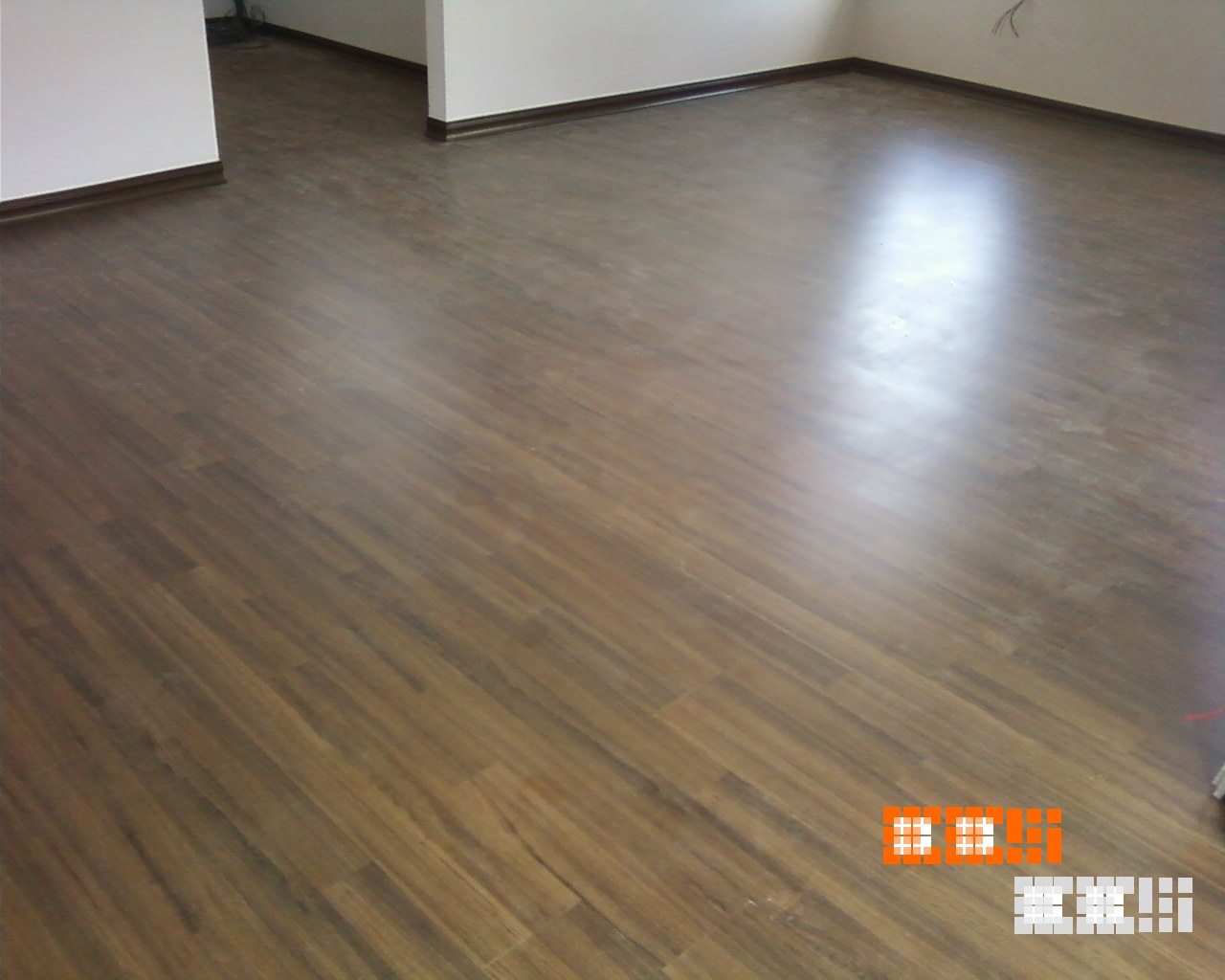 Laminate flooring laminate flooring description for Floor description