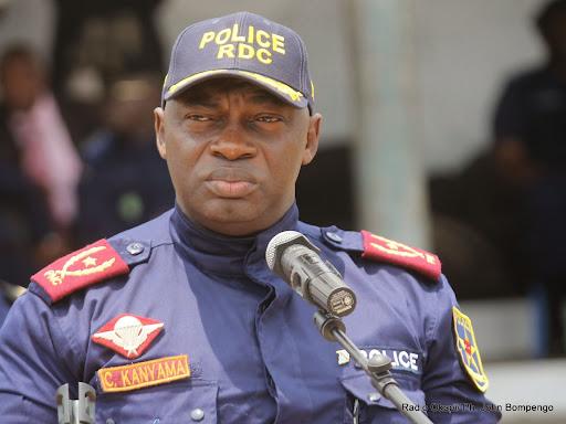 Le général Célestin Kanyama de la Police Nationale Congolaise (PNC) le 23/09/2014 à Kinshasa, lors de la présentation de bandits armés dans la commune de Bandalungwa. Radio Okapi/Ph. John Bompengo
