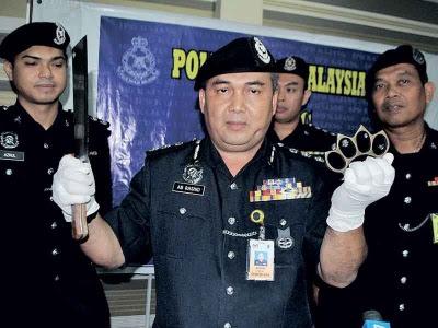 Empat penyamun menyamar polis ditahan