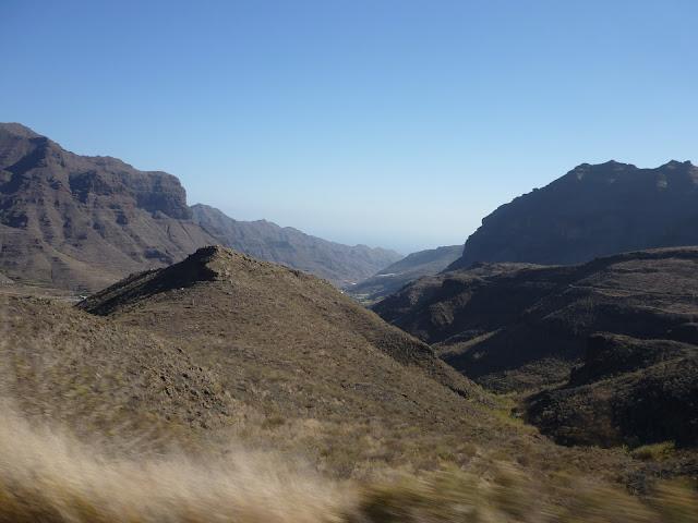 Blick in abgelegenes Tal im Südwesten.