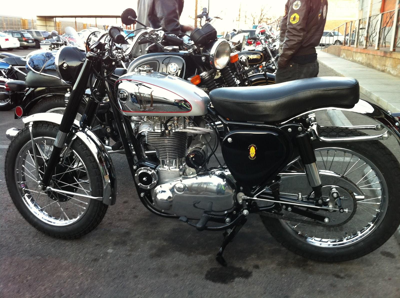 Tucson Bonnie: Tucson Vintage Motorcycle Riders