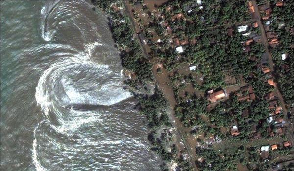 [tsunami-srilanka-101026-02[7].jpg]