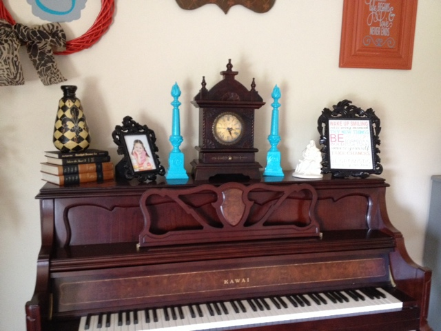 Piano top decorations