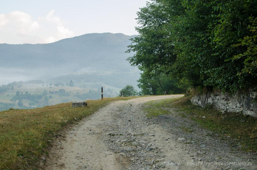 Начало маршрута на Петрос
