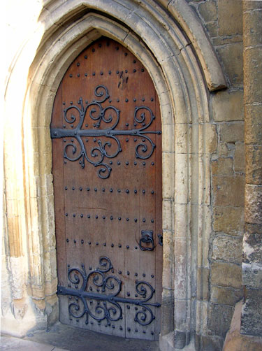 This door is in Rochester. We found it on our way from the castle to the High Street where we were going to meet some friends for lunch. & Life in Faversham England: Gorgeous Gothic Doors Pezcame.Com