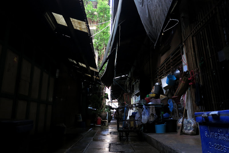 Alley behind dried fish market