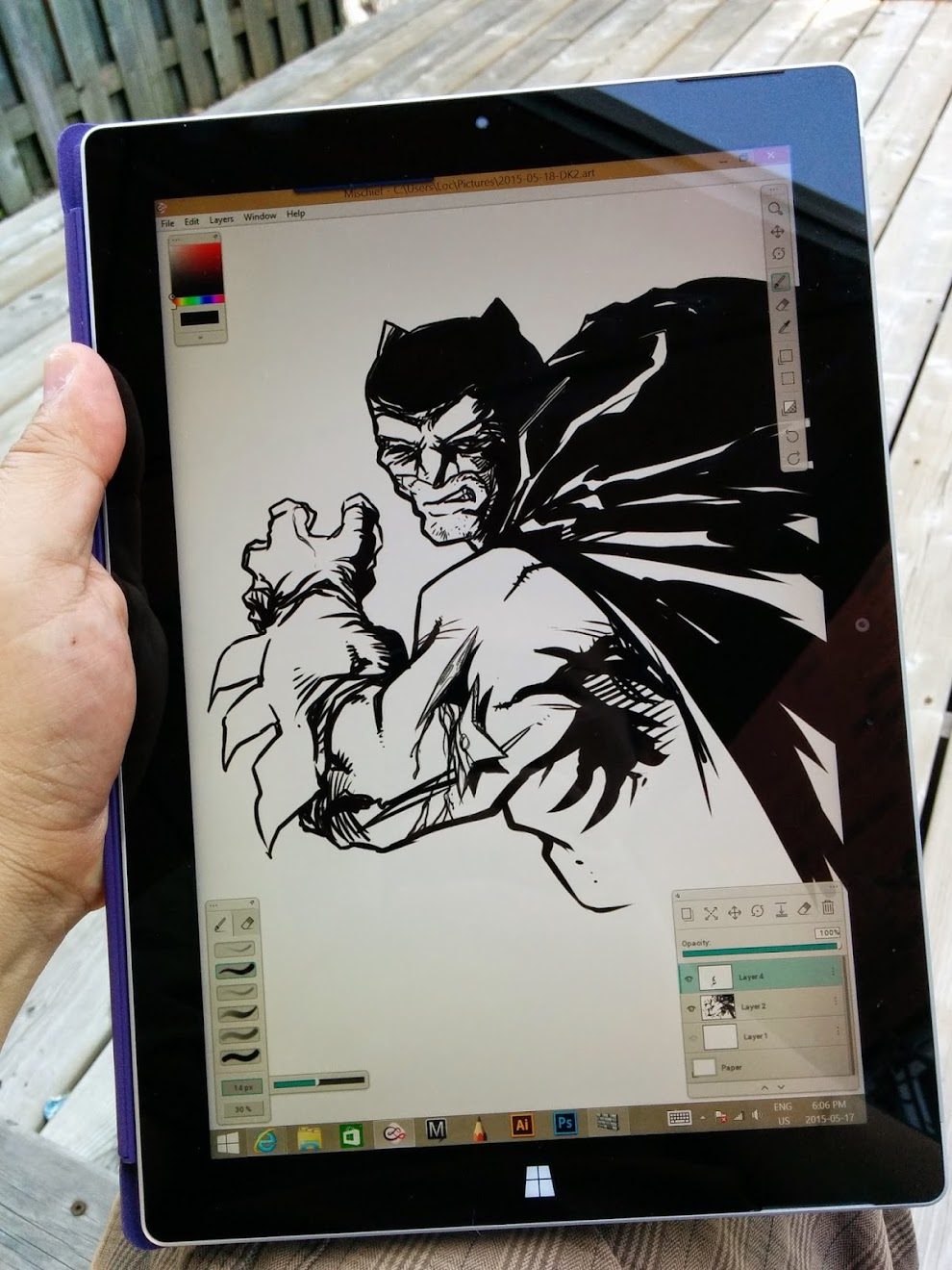 Best drawing apps for surface pro - Sitting Outdoor Under A Patio Shade While Drawing And The Screen At 70 80 Brightness Note The Screen Can Be Very Reflective Outdoors