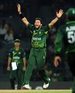 Shahid Afridi appeals for LBW of Ashish Bagai wicket, Canada v Pakistan, Group A, World Cup 2011, Colombo, March 3, 2011