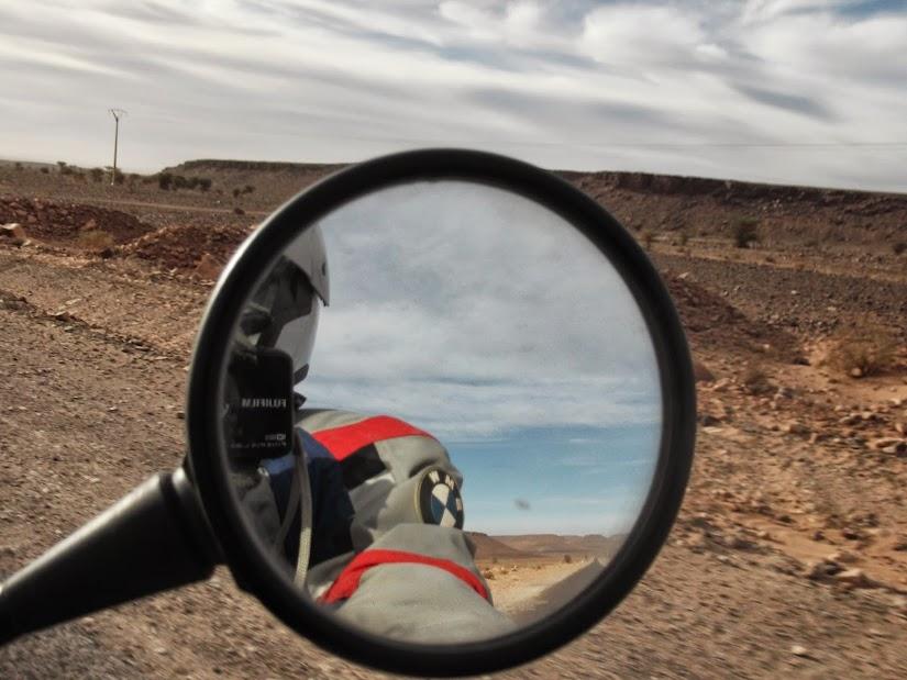 Marrocos e Mauritãnia a Queimar Pneu e Gasolina - Página 12 DSCF1422