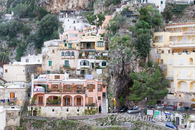 Positano evleri ve sokakları