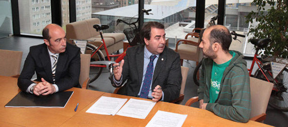 Bicicletas para los más necesitados en A Coruña
