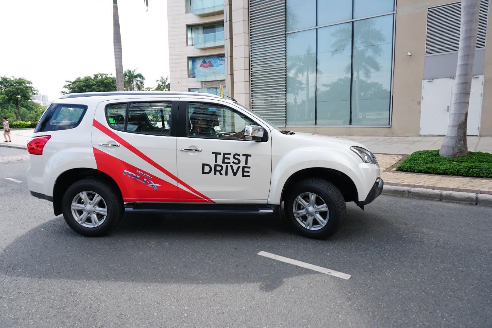 Isuzu MU-X 2016 sẽ đánh dấu sự trở lại của Isuzu trong thị trường SUV gia đình