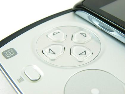 Sony_Ericsson_Xperia_Play_review_09-420-90 Donos do Xperia Play compram mais jogos do que usuários de outros Android's