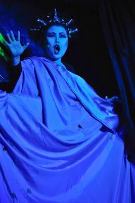 Myung Hee Lee begeisterte mit ihrem Gesang als Königin der Nacht