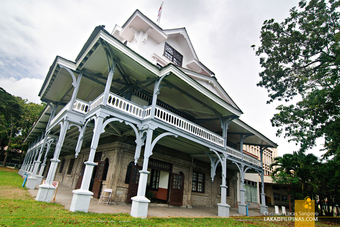 American Eastern Stick Style Architecture of Dumaguete's Silliman Museum
