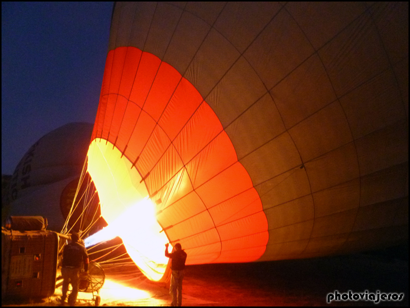 Sobrevolando la Capadocia en globo