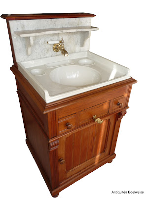 meuble de toilette lavabo en pitchpin et marbre blanc 2 tiroirs ann e 1900 ebay. Black Bedroom Furniture Sets. Home Design Ideas