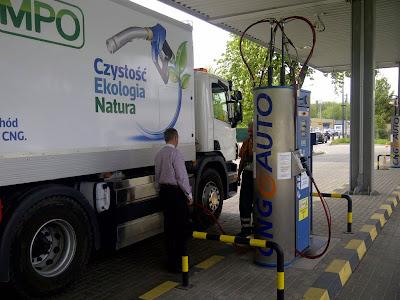 Dzięki dużej wydajności stacji CNG pojazdy są tankowane szybko i sprawnie