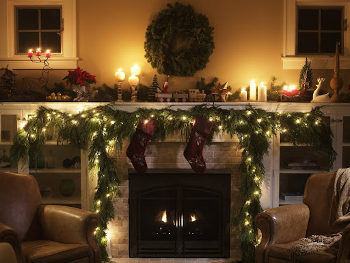 Christmas Decorated Fireplace.jpg