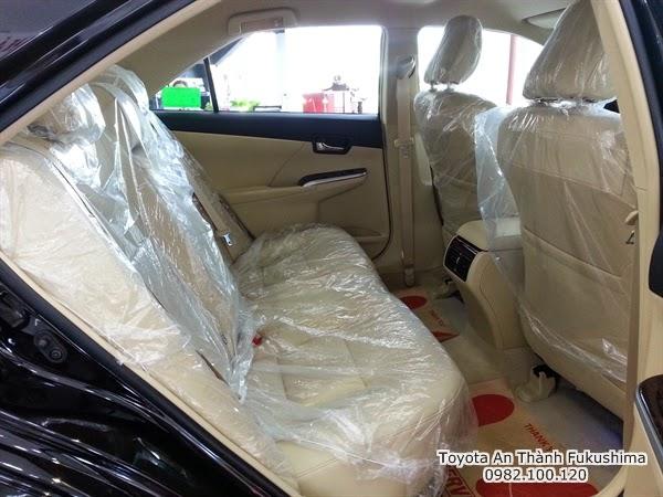 Khuyến Mãi Giá Xe Toyota Camry 2.5G 2015 8