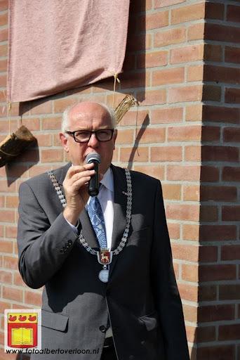 burgemeester opent rijhal de Hultenbroek in groeningen 01-09-2012 (6).JPG