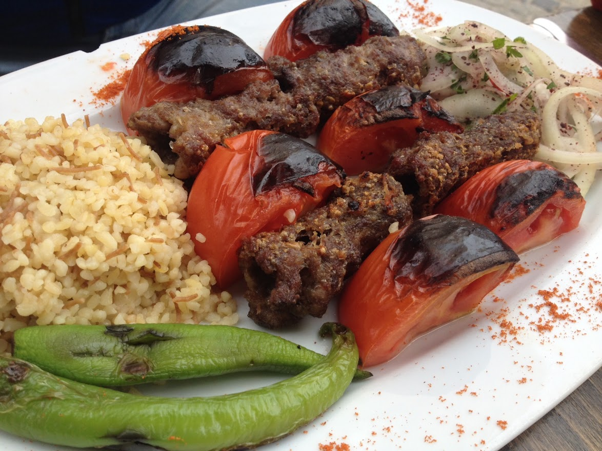 Adana Kebab. Comida típica de Estambul