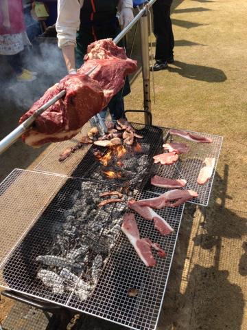 牛肉の炭焼き