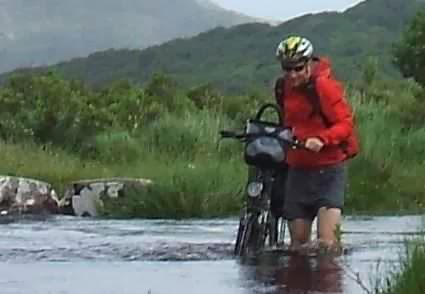 Christoph Gocke am Windy Gap, Ring of Kerry, Irland