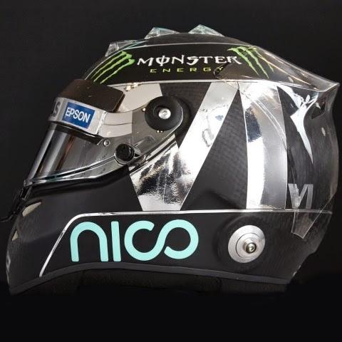 Sul casco di Rosberg la N argentata si sposa bene con il fondo nero carbonio