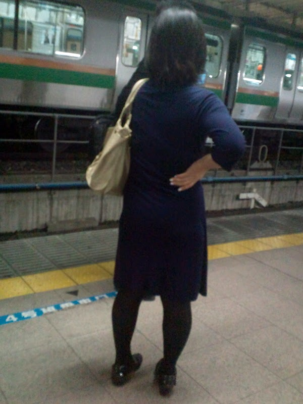 at the station vol.3 part 5(21):upskirt,picasa