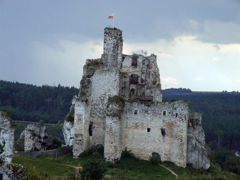 zamonit zamek Mirów