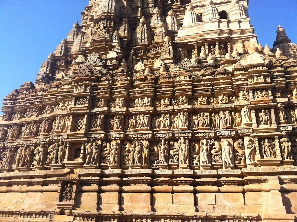 The Vyala of Khajuraho   mindblogging @ my will: a plethora