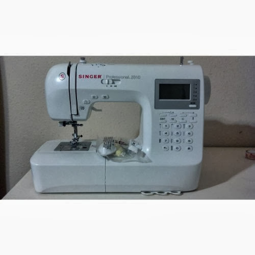Singer Professional 2010 Electronic Sewing Machine
