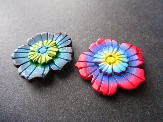 Coconut Flower Buttons
