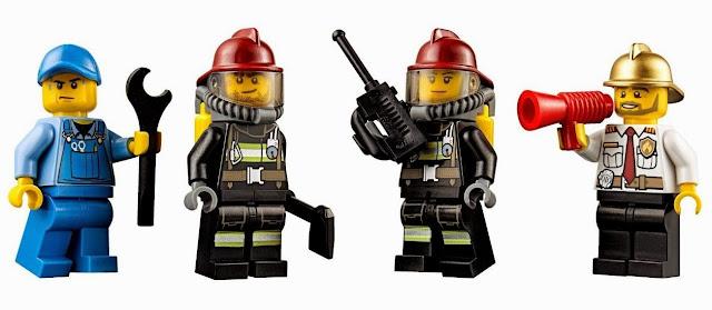 4 người lính cứu hỏa mini tham gia vào câu chuyện cứu hỏa đầy kịch tính mà bé xây dựng