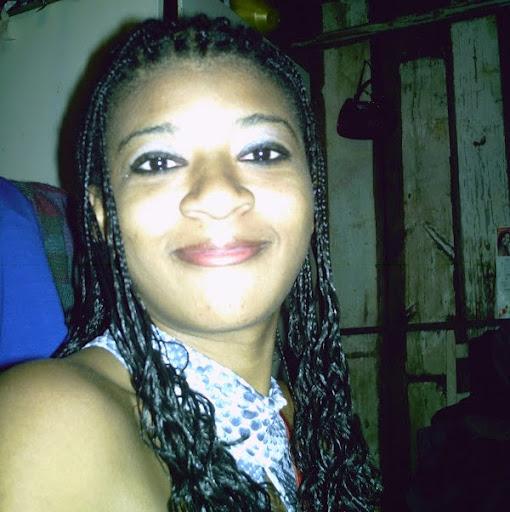 Elen Flores Photo 16