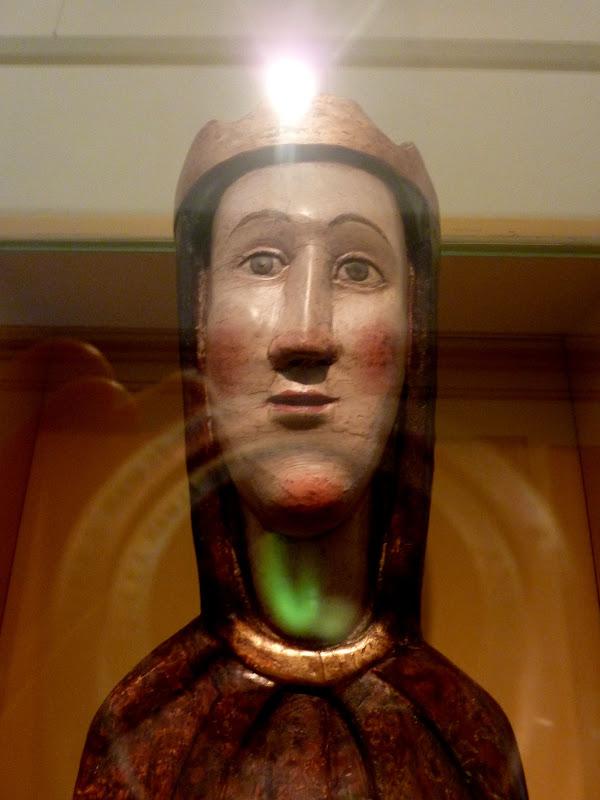 El románico en los museos. P1080707