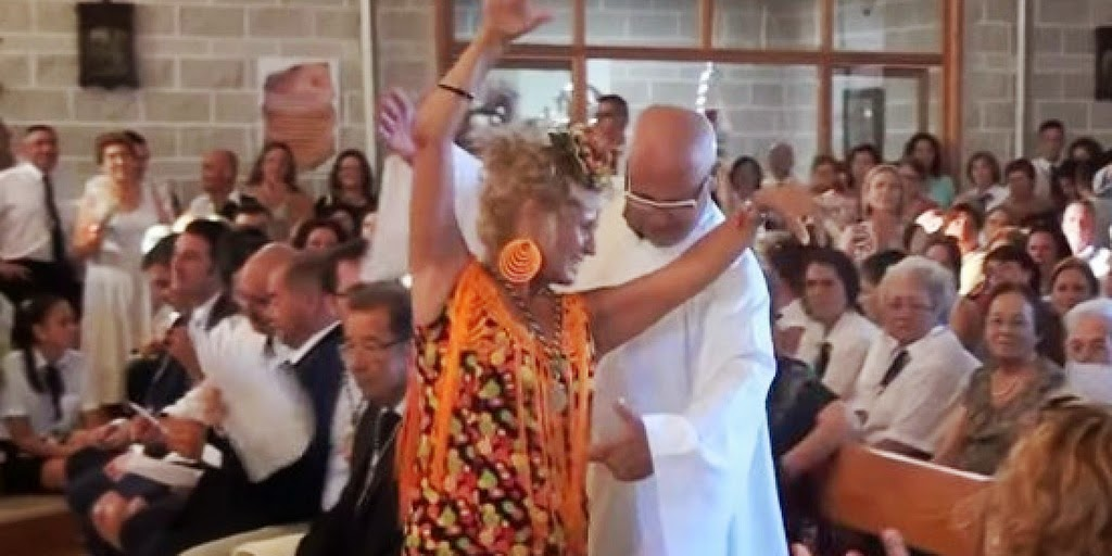 Flamenco dancer priest wows Spanish Catholics