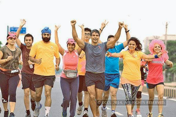 Gurgaonwallahs joined Milind Soman (centre) on July 27, 2014, for a promo run of the upcoming Pinkathon to create awareness about breast cancer.