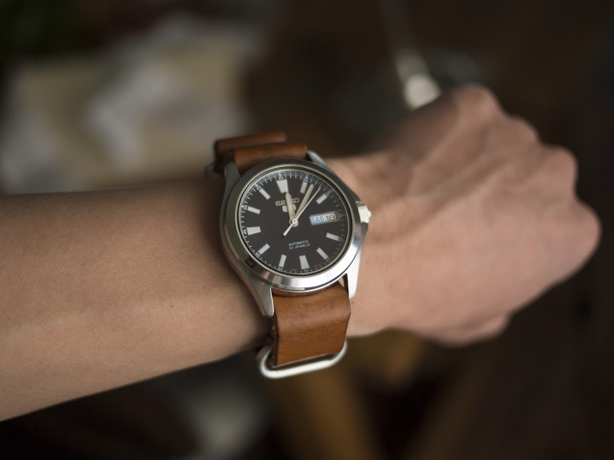 88404dacf The navy dial matches much better with caramel leather.