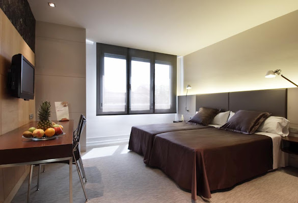 HOTEL URPI, Avenida del 11 de Septiembre, 40, 08208 Sabadell, Barcelona, Barcelona, Spain